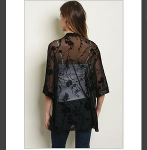Tops - Black Floral Short Kimono!